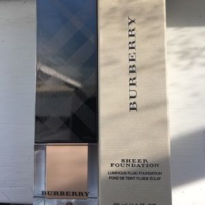 Burberry Trench 6 Sheer Foundation